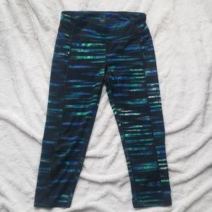 Geometric Striped Mid Rise Workout Legging